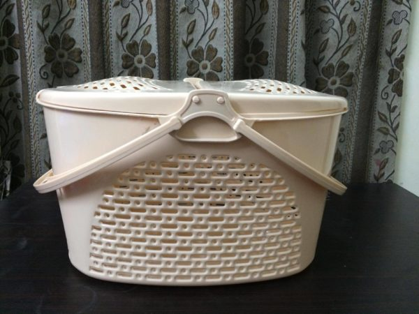 Cat basket carrier